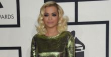 Metallic jurken zijn trend op Grammy Awards